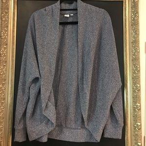 EUC Gap blue sweater size large